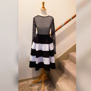 Dresses & Skirts - B&W Striped Jersey Skirt